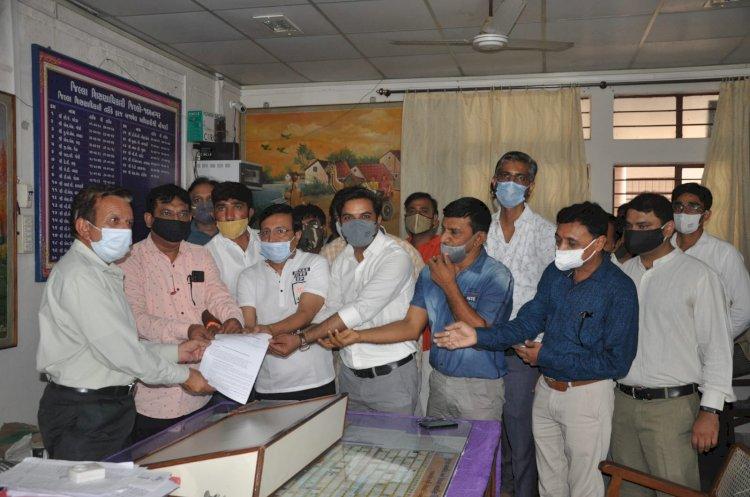 જામનગરઃખાનગી શાળા સંચાલક મંડળે ધો.9થી12 શરૂ કરવા શિક્ષણાધિકારી પાસે મંજૂરી માગી