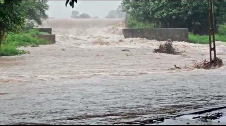 જામનગરના 2 તાલુકામાં સર્વત્ર પાણી જ પાણી..સમાણામાં 10 ઇંચ, નવાગામ, મોટા પાંચદેવડામાં 6 ઈચ, જાણો છેલ્લા 24 કલાકનું સંપૂર્ણ ચિત્ર
