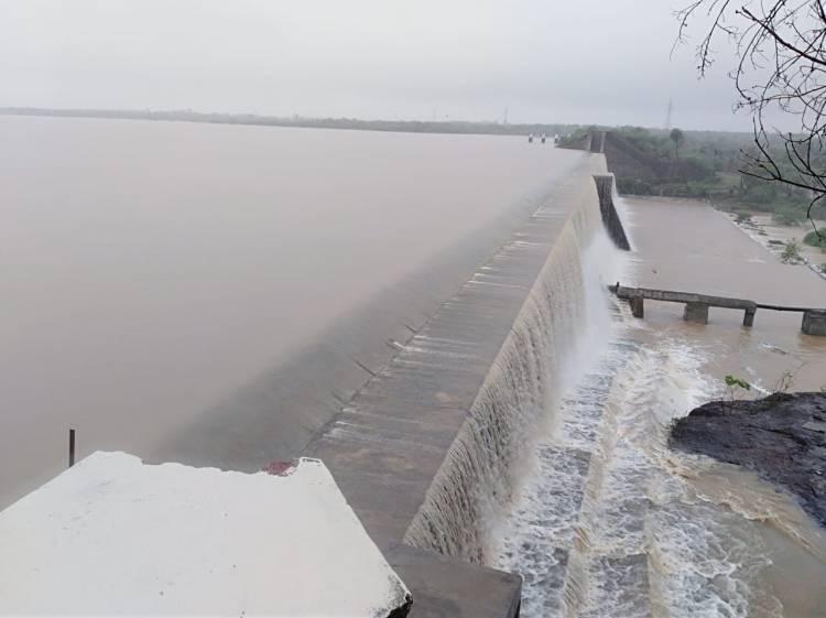 વાહ..રે.મેઘરાજા..શહેરને પાણી પુરુ પાડતા ડેમોમાં થઇ નોંધપાત્ર આવક..