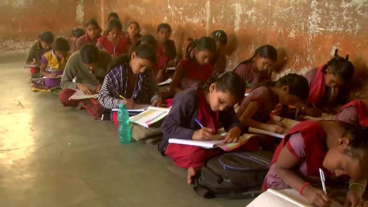વિદ્યાર્થીઓના અભાવે પ્રા.શાળાઓમાં ધો ૬અને૭ ના વર્ગો  બંધ કરવાનો નિર્ણય...