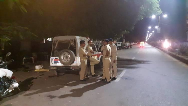અને આશાપુરા હોટેલ નજીક S.O.G ના પોલીસમેનના ભાઈ પર ૧૦ શખ્સો કર્યો હુમલો...