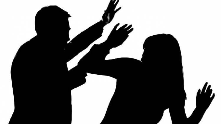 પતિ, પત્ની ઔર વોનો અજીબો ગરીબ કિસ્સો