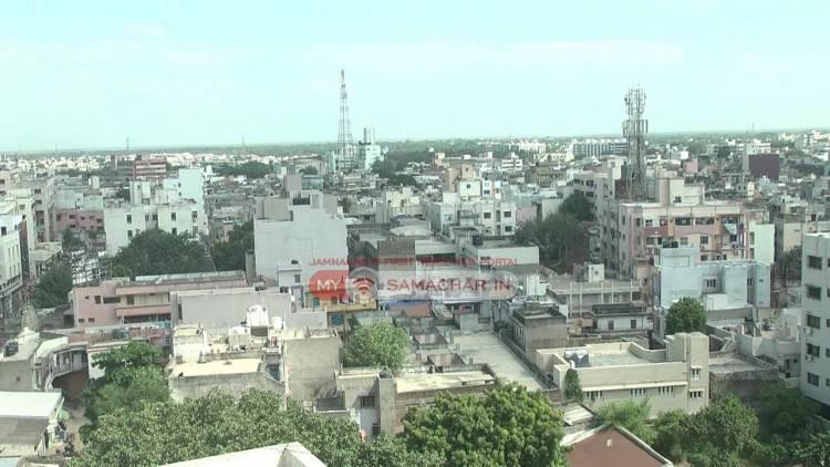 મંદીના ભરડા વચ્ચે શહેરીજનોએ મકાન બનાવવા-રીનોવેશન કરવા રૂા.42 કરોડ ફી ભરી
