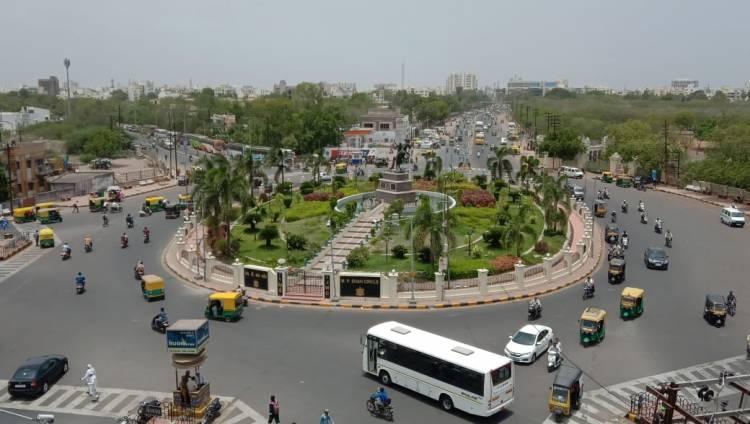 જામનગરને મોટુ માત્ર ડેવલપરો માટે જ કર્યુ કે શુ?