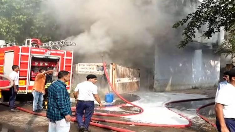 કેમિકલ ફેક્ટરીમાં લાગી ભયાનક આગ, મેજર કોલ જાહેર